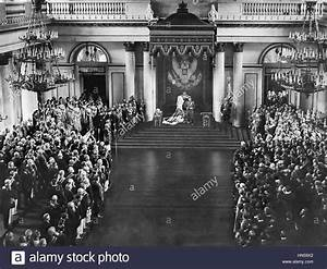 NICHOLAS II opens the 1906 State Duma in the Winter Palace ...