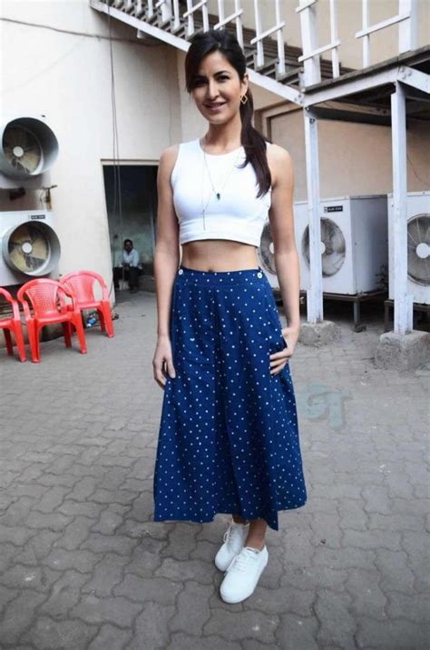 flaunt white sneakers  style  bollywood