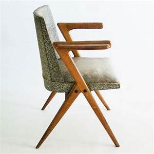 Chaise Bois Vintage : meubles jouets et accessoires vintage chez edmond ~ Teatrodelosmanantiales.com Idées de Décoration