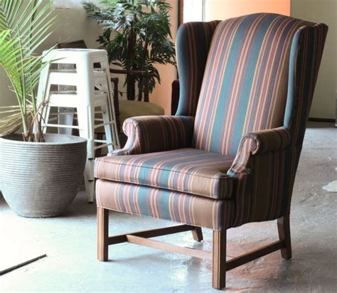 How To Upholster A Chair by How To De Upholster A Wingback Chair Modhomeec