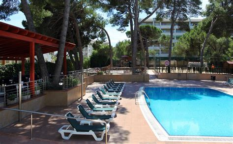disabled access holidays wheelchair accessible accommodation in the golden port salou hotel
