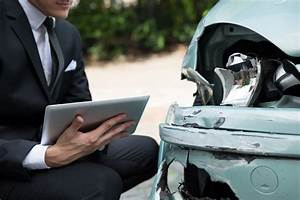 negotiating your claim with an auto insurance adjuster With auto insurance claims adjuster