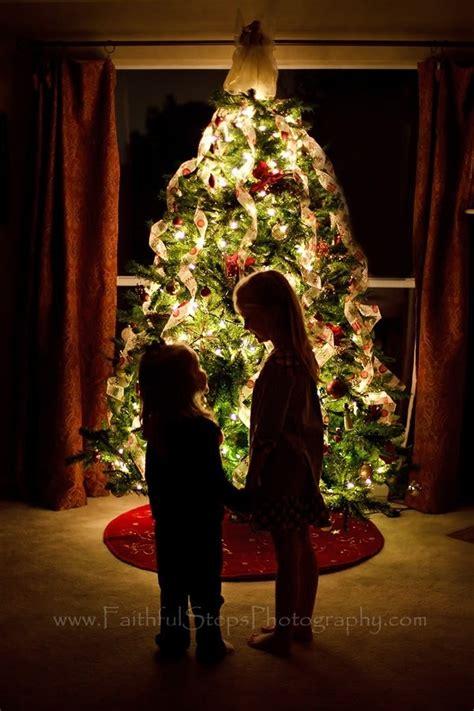 Photographing Christmas Tree Lights