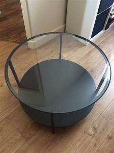 Table Basse Ikea : table basse ronde noire ikea le bois chez vous ~ Nature-et-papiers.com Idées de Décoration