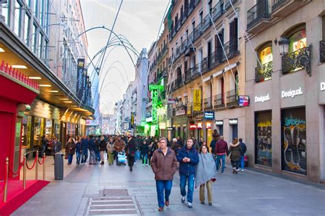 Madrid Shopping Street Spain Editorial Image Image Of