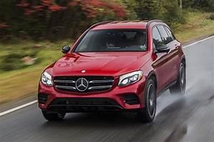 Mercedes Benz Glc Versions : 2016 mercedes benz glc vs 2015 mercedes benz glk what 39 s the difference autotrader ~ Maxctalentgroup.com Avis de Voitures