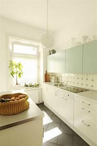 Holzdielen In Der Küche : ich erfinde mich immer wieder neu zu besuch bei milkandhoney in hamburg ~ Markanthonyermac.com Haus und Dekorationen