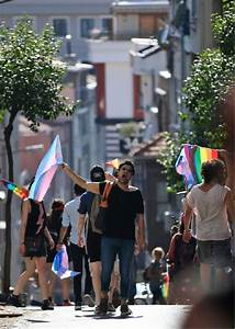 Turkish police chase away transgender marchers in Istanbul ...