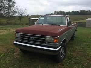 Classic 1990 Ford F250 Truck - 4 X 4 - 4wd
