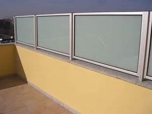 Pannelli divisori balconi Confortevole soggiorno nella casa