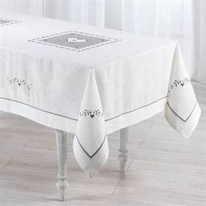 Nappe Blanche Tissu : nappe de table linge de table eminza ~ Teatrodelosmanantiales.com Idées de Décoration