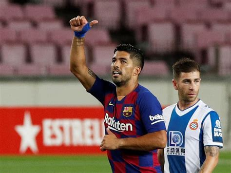 Transfer window: All change as Suarez leaves Barcelona for ...