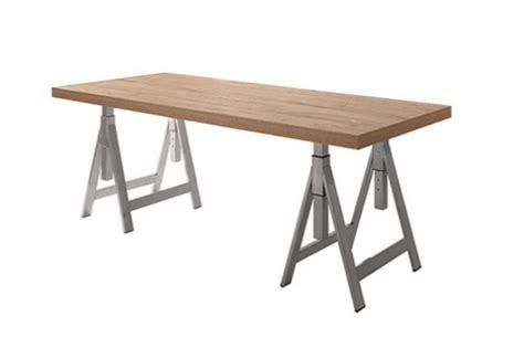 scrivania con cavalletti ufficio fai da te scrivania con cavalletti e lada di legno