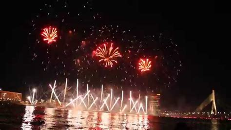 18.novembra salūts Rīgā (2014) - YouTube