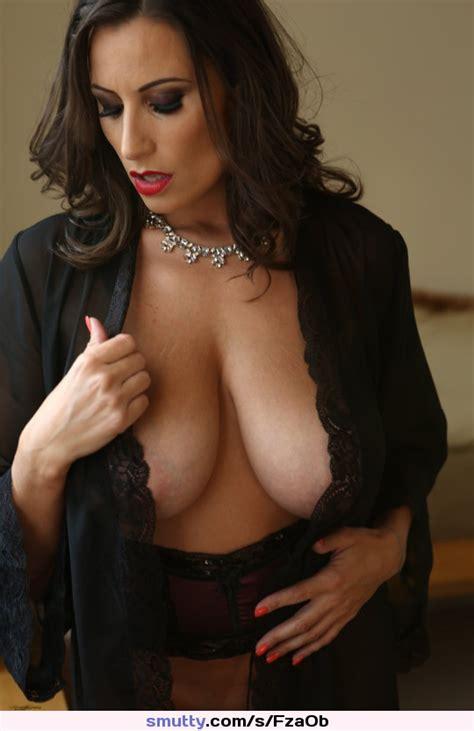 sensualjane seductive erotic sensual busty cleavage tanlines sexybabe hottie babe milf mature