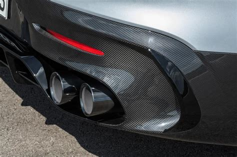 I never thought they would actually release a black series like this again. Mercedes-AMG GT Black Series (2021) - Super Express