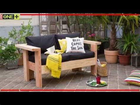 fabrication canapé en palette fabriquer un salon de jardin en bois tutoriel bricolage