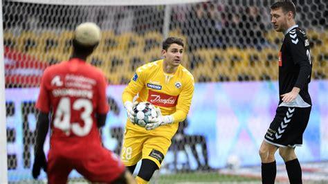 Viktoria köln hat den mittelfeldspieler, der zuletzt auf leihbasis für den msv duisburg spielte, verpflichtet. Viktoria Köln verpflichtet Mielitz - kicker