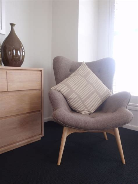 Bedroom Armchair by Comfy Chairs For Small Spaces 8354 Decorating Ideas