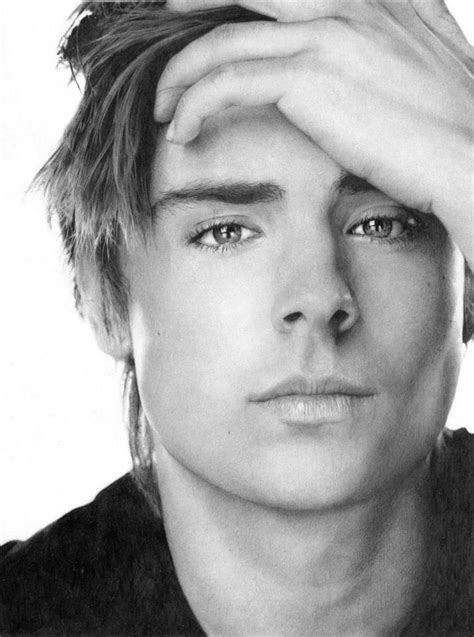 Zac Efron Frm Bd Sketch Me  Sac Efron  Pinterest  Zac Efron, Pencil Drawings And Drawings