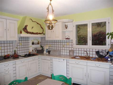 cuisine repeinte en blanc cuisine blanc craie chinons et kolorons