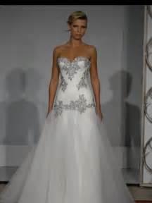 pnina tornai wedding dress wedding