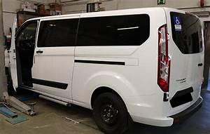 Homologacion De Escalones Exteriores En Ford Transit Custom Por El Taller Modelcar Hnos