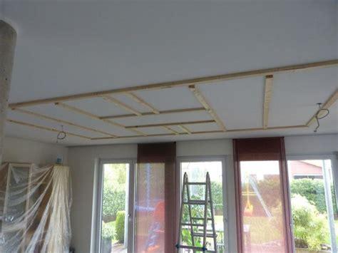 Herrlich Deckenbeleuchtung Wohnzimmer Led In Decke Einbauen Haus Ideen