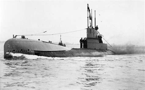 Advantages Of U Boats In Ww1 by File Wwi Submarine Hms R3 Jpg Wikimedia Commons