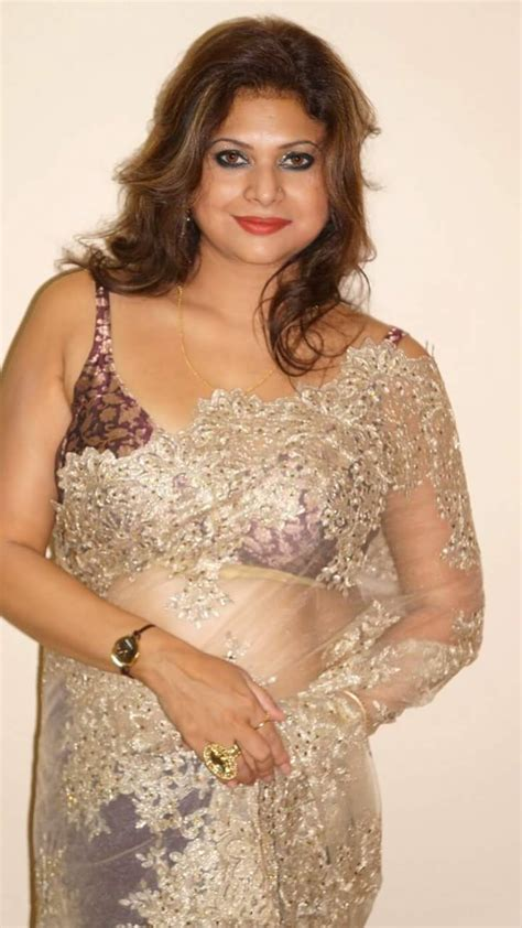 Tamil Girls Sex In Saree Bra Images Saree Removing New