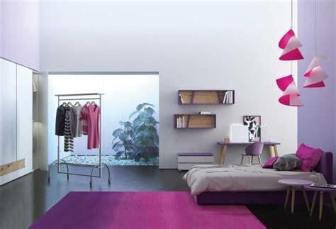 Le camere di piccole dimensioni possono rappresentare una sfida anche per gli arredatori più capaci. News - 15 idee per la camera da letto di una ragazza | CLEVER