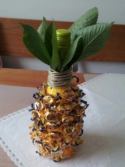 flaschen originell verpacken selber machen sektflasche als ananas diy gifts geschenke sekt ananas und verschenken