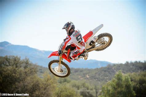 how to jump a motocross bike kawasaki dirt bike jump riding bike