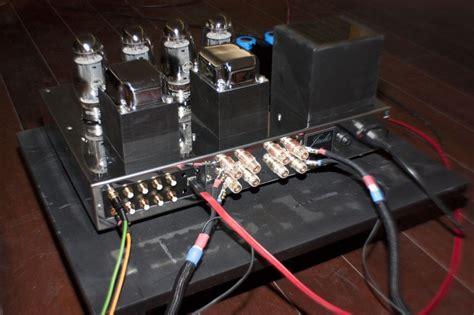 tube integrated amplifiers  jadis electronics