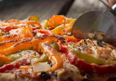 pizza   dutch oven boys life magazine