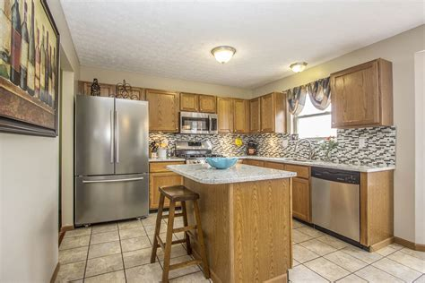4527 kriggsby boulevard hilliard oh jeanne cousino realtor