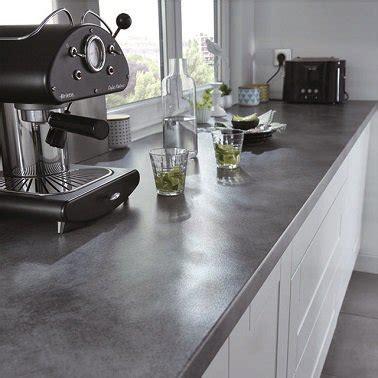 changer le plan de travail de la cuisine changer le plan de travail une idée de relooking pour la
