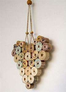 Deko Aus Papier : kreative wandgestaltung mit deko aus papier basteln pinterest papier basteln mit papier ~ Eleganceandgraceweddings.com Haus und Dekorationen