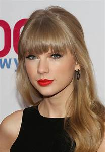 Taylor Swift Brown Hair - Taylor Swift The Giver Clip