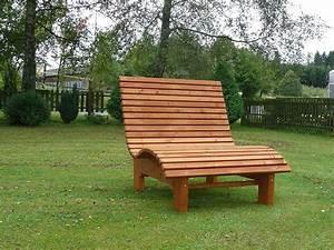 Holz überdachung Garten : relaxliege garten holz ~ Whattoseeinmadrid.com Haus und Dekorationen