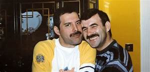 10 Rare Pics Of Freddie Mercury And His Boyfriend From