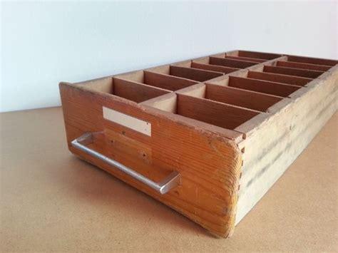alte schränke verkaufen alte schublade holz setzkasten schr 228 nke regale kisten setzkasten schubladen und alte schubladen