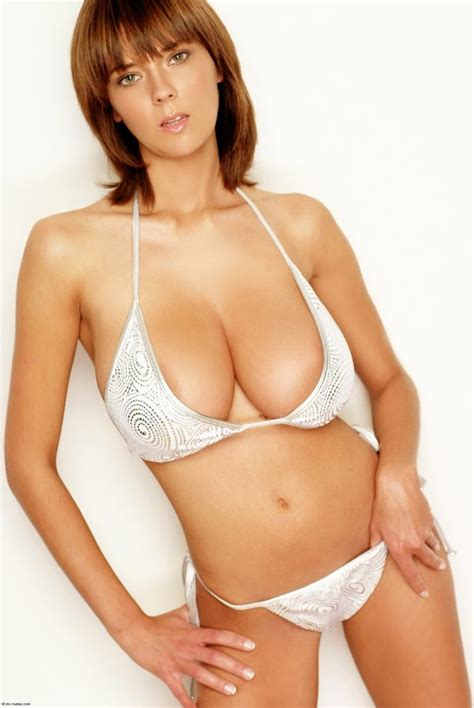 Ala Passtel In White Bikini – The Boobs Blog