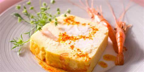 livre de cuisine gastronomique terrine de lotte aux crevettes facile recette sur cuisine actuelle