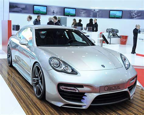 Caractere Porsche Panamera