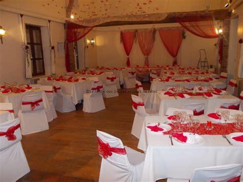 decoration mariage en rouge  blanc le mariage