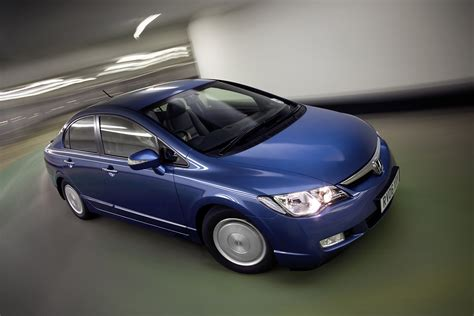 honda civic hybrid saloon   review parkers