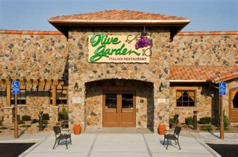 olive garden chicago olive garden unlimited pasta hit or miss 183 guardian