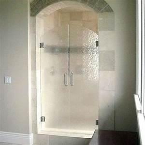 15 Chic Rain Glass Home Décor Ideas - Shelterness