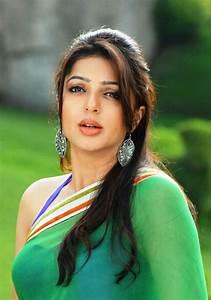 Bhumika Chawla Beautiful HD Wallpapers